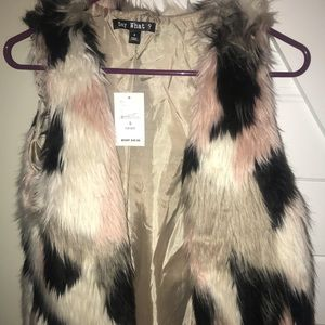 NWT, fashion vest